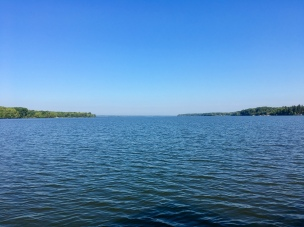 Gorgeous day to be out on the lake !!!